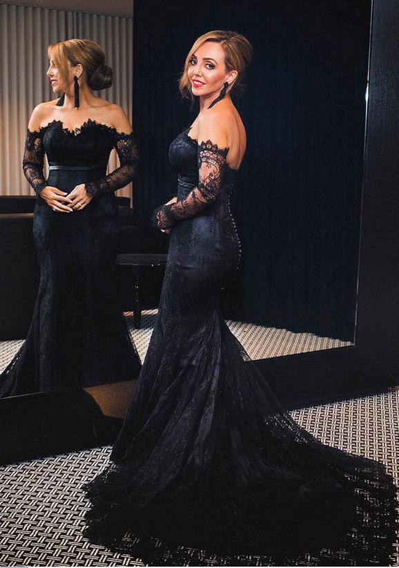 Sexy Black Lace Long Sleeve Prom Dresses Off The Shoulder Court Train Formal
