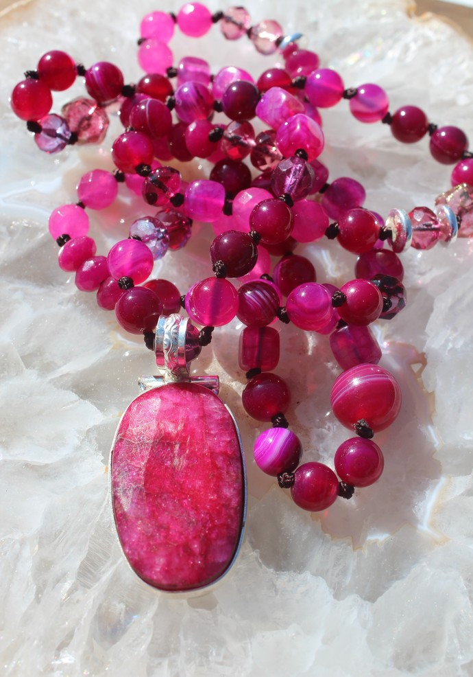The Passion Necklace Ruby Long Beaded Necklace with Pendant Rose Red Bohemian