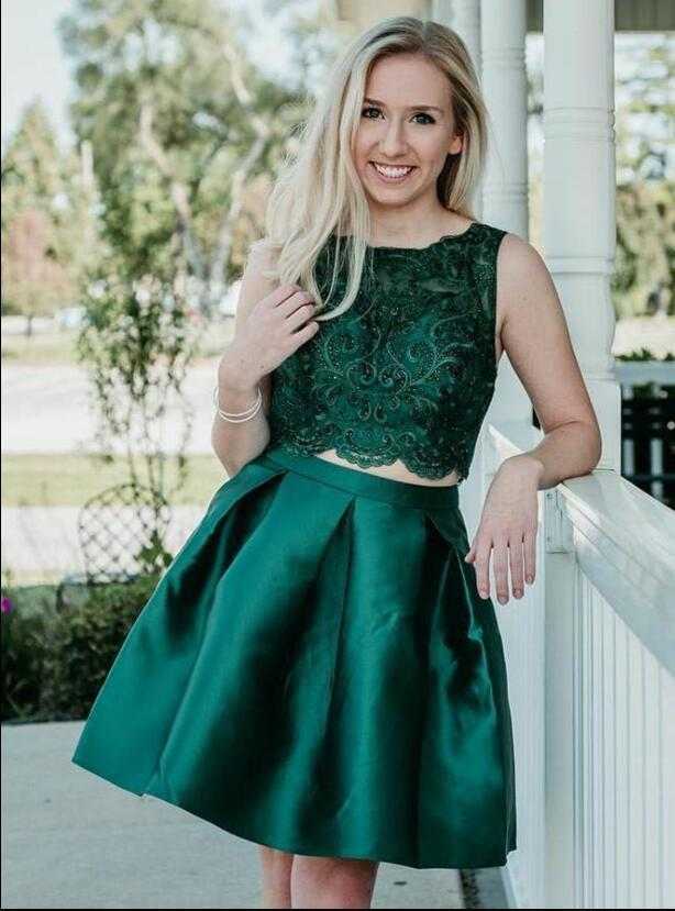 Cheap Two Pieces Short Homecoming Dresses Beaded Green Satin Prom Gowns Short