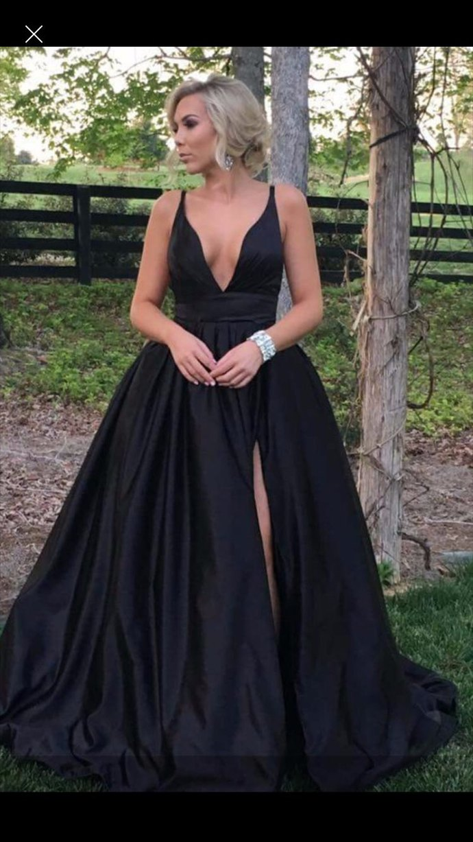 Cheap prom dresses ,Sexy Deeo V-neck Long Evening Dress Robe De Soiree