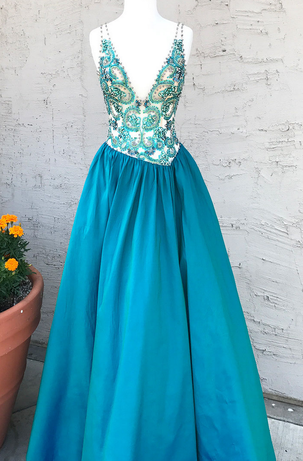 Charming V Neck Beaded Long Evening Dress, Sexy Sleeveless Prom Dresses
