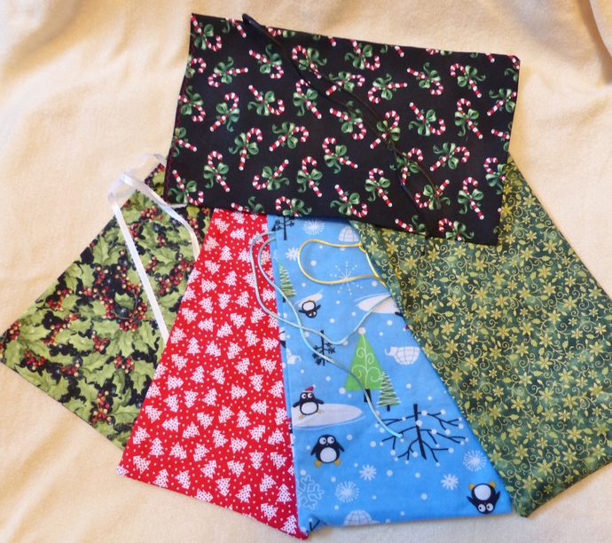 Fabric gift bags, Set of five bags, Holiday fabric, Holiday gift bags, Party