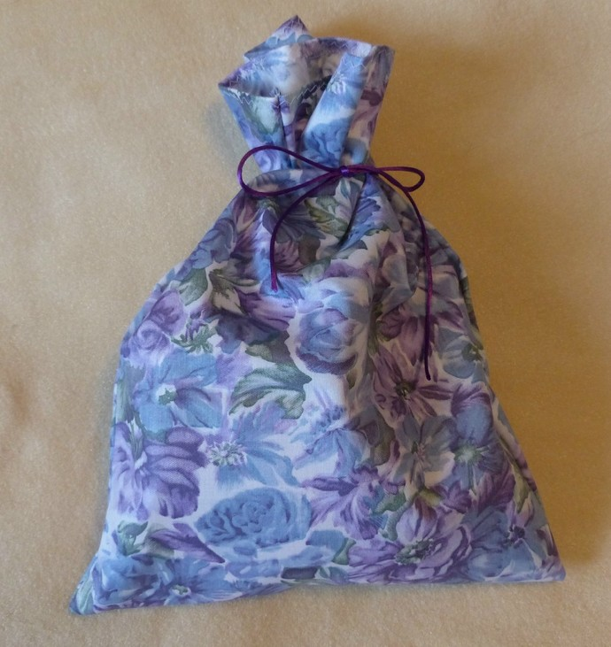 Fabric gift bag, Blue and purple floral fabric, Party bag, Recyclable bag,