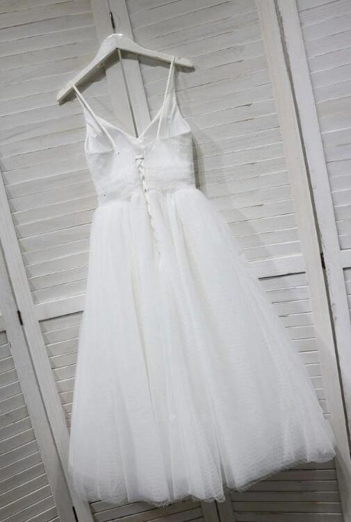 White V Neck Tulle Lace Tea Length Homecoming Dress Short Prom Party Dress