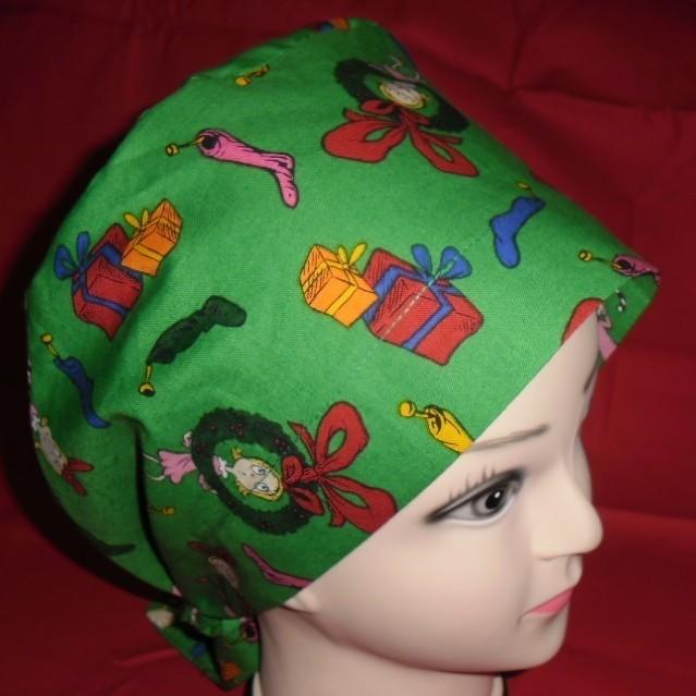 Dr Seuss The Grinch And Cindy Lou Who Christmas Pediatric Ladies Nurses Scrubs