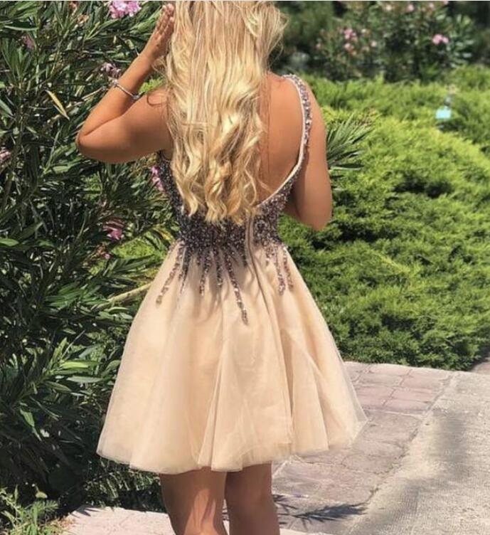 Luxury Sexy Backless V-Neck Tulle Sequin Short Homecoming Dress ,Cheap Short