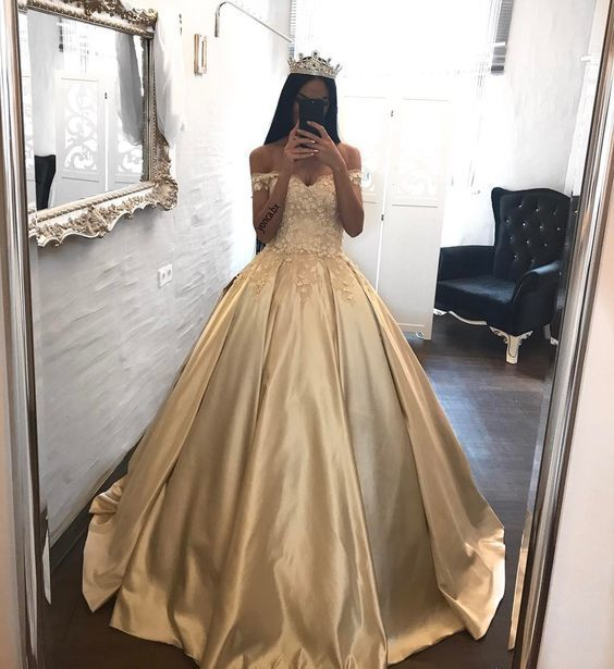 Off the Shoulder Ball Gown Prom Dress