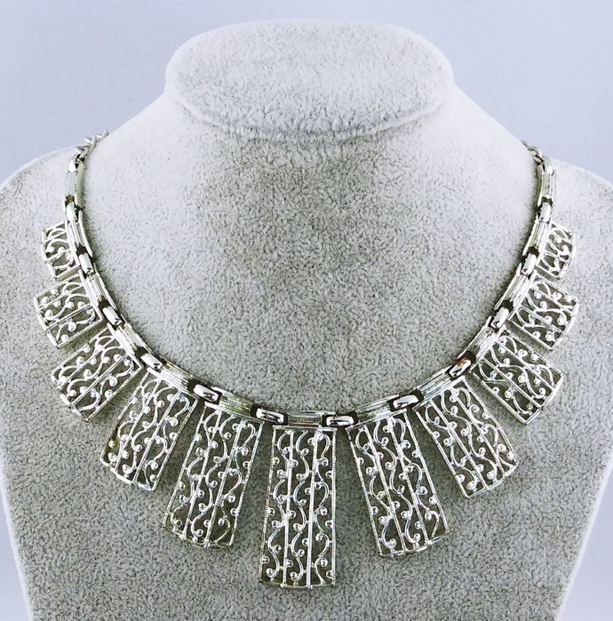 """16"""" Chain Necklace"""