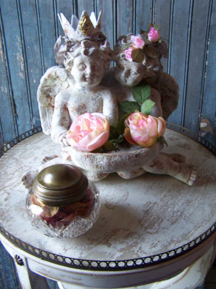 French Chic /shabby chic / angel Cherubs / statuary / Gray / Chalk Paint /