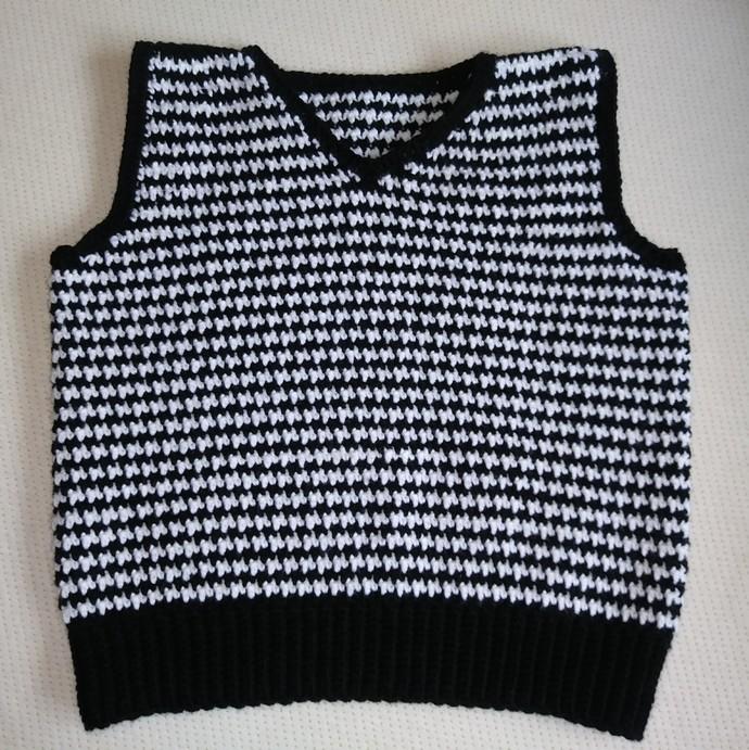 Crochet Houndstooth Sweater Vest