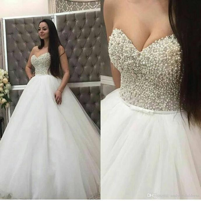 Charming Sweetheart neck Tulle Pearls Ball Gown Wedding Dresses Bridal Gowns