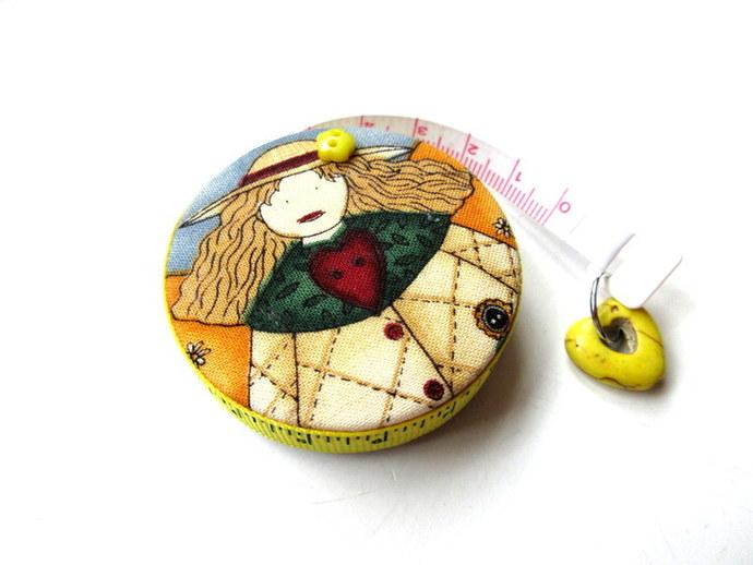 Small Tape Measure Retro Dolls Retractable Measuring Tape