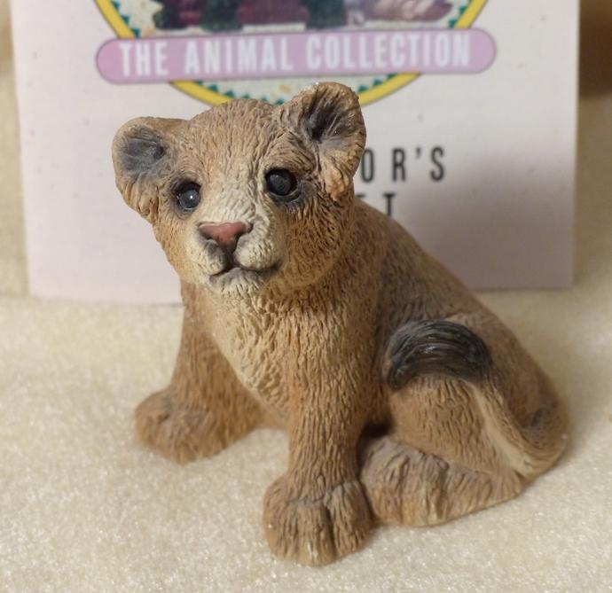 Stone Critters, Lion Cub Sitting, Vintage Figurine, Lion Cub Figurine, Clay