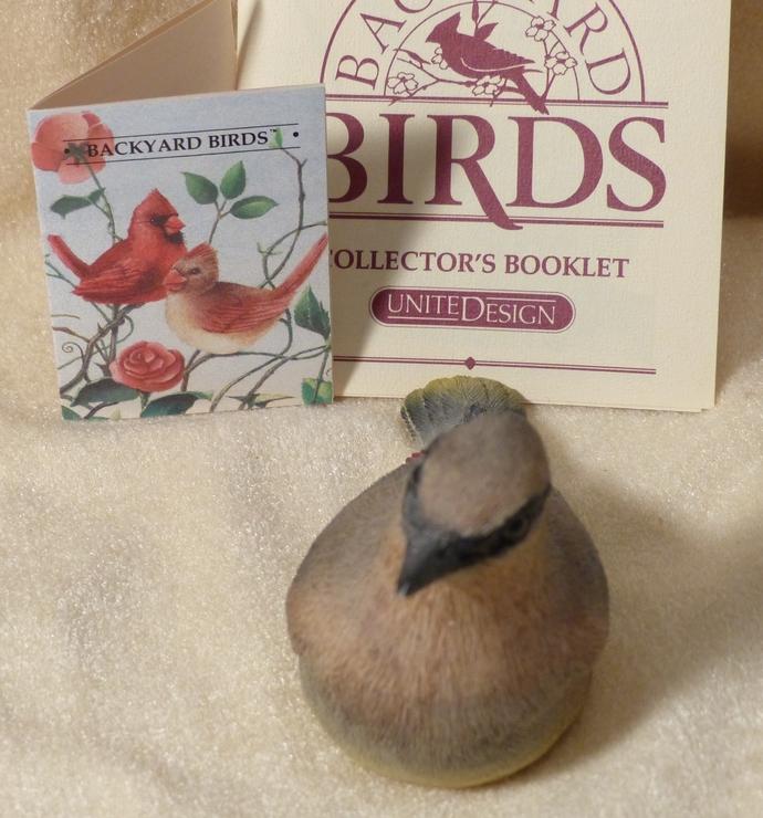 Backyard Birds, Cedar Waxwing, Vintage Figurine, Cedar Waxwing Figurine, Clay