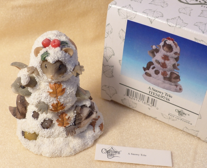 Charming Tails figurine, A Snowy Trio, Collectible Figurine, Mouse Figurine,