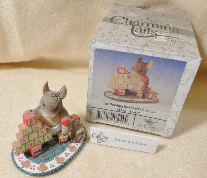 Charming Tails, Mouse Figurine, The Building Blocks of Christmas, 87/619,