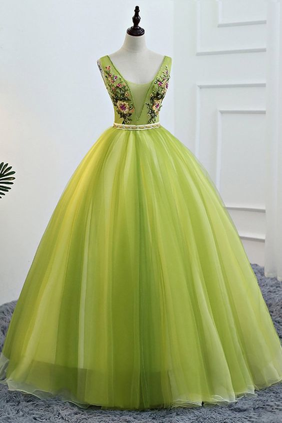 Fresh Green Tulle V Neck Long Lace Up Senior Prom Dress With Applique
