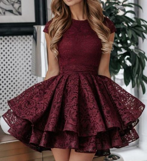 A-Line Round Neck Short Red Lace Homecoming Dress