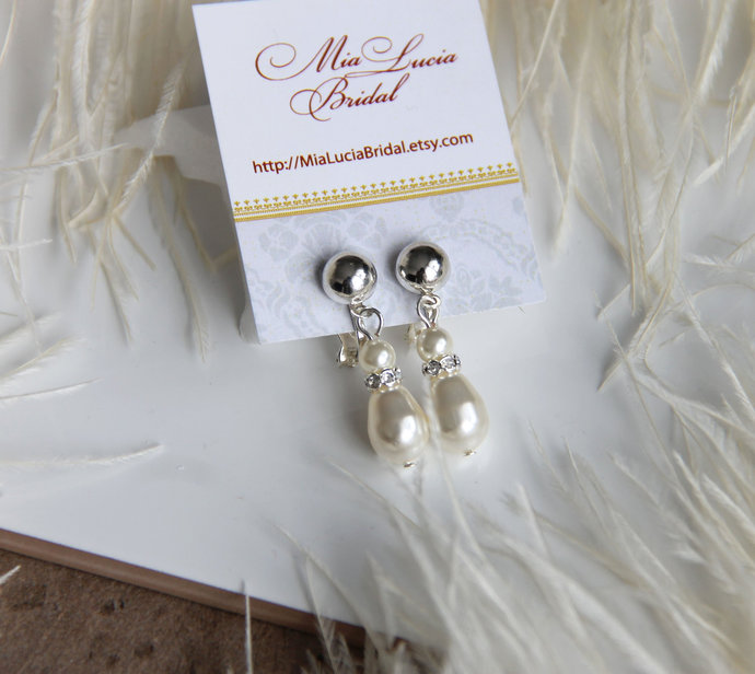 Clip on earrings dangle, Pearl drop clip earrings for bride, Wedding Jewelry