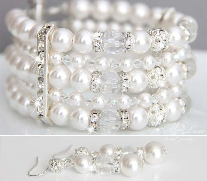 Pearl Cuff Bracelet and crystal earrings set / Bridal jewelry bracelet set with