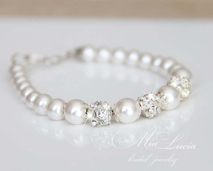 Bridal Bracelet, Pearl Wedding Bracelet for Bride, Simple Bridal Bracelet,White