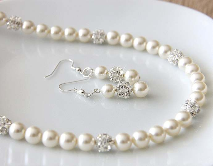 Wedding pearl necklace set with dangle earrings - Pearl bridal jewelry set -