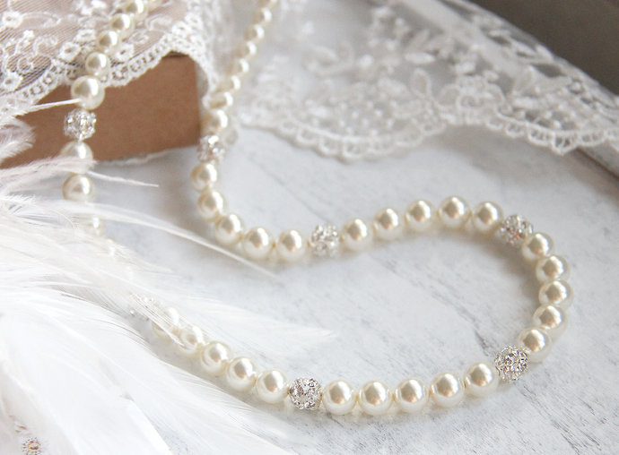 Wedding Jewelry Pearl Necklace / Ivory pearl wedding necklace / Pearl bridal