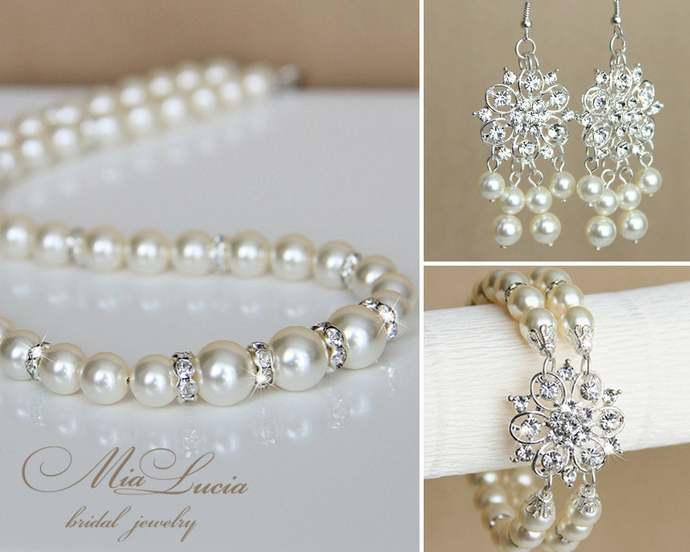 Wedding Jewellery Set / crystal and pearl jewelry / earrings bracelet necklace