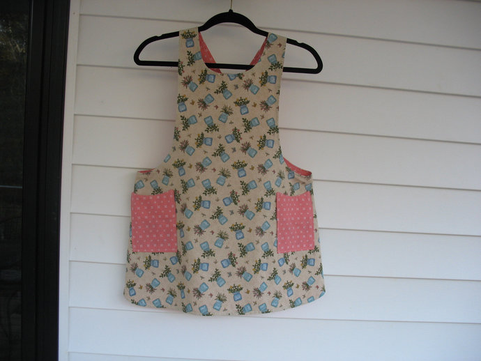 Girl's L (10) Cross back apron/pinafore fully lined, mother daughter aprons