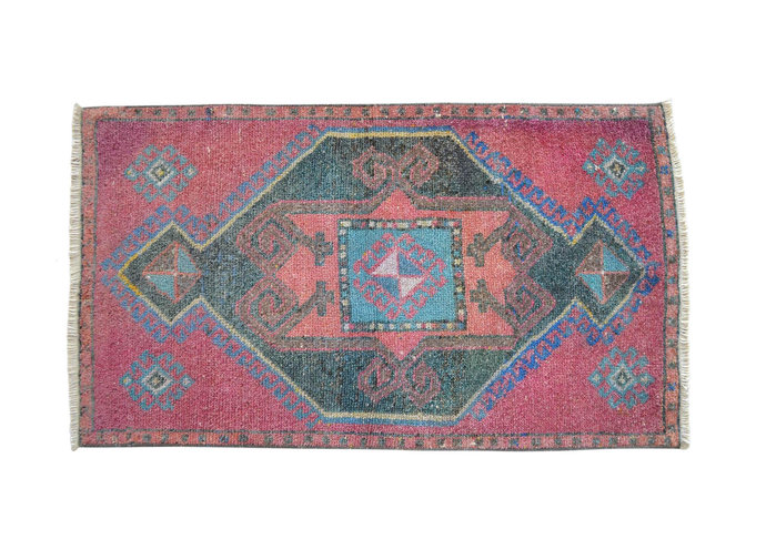 2x3 ft. Rug Hand Knotted Small Oushak Rug Distressed Low Pile Front of Kitchen