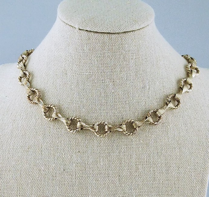 """18"""" Silver Chain Link Necklace"""
