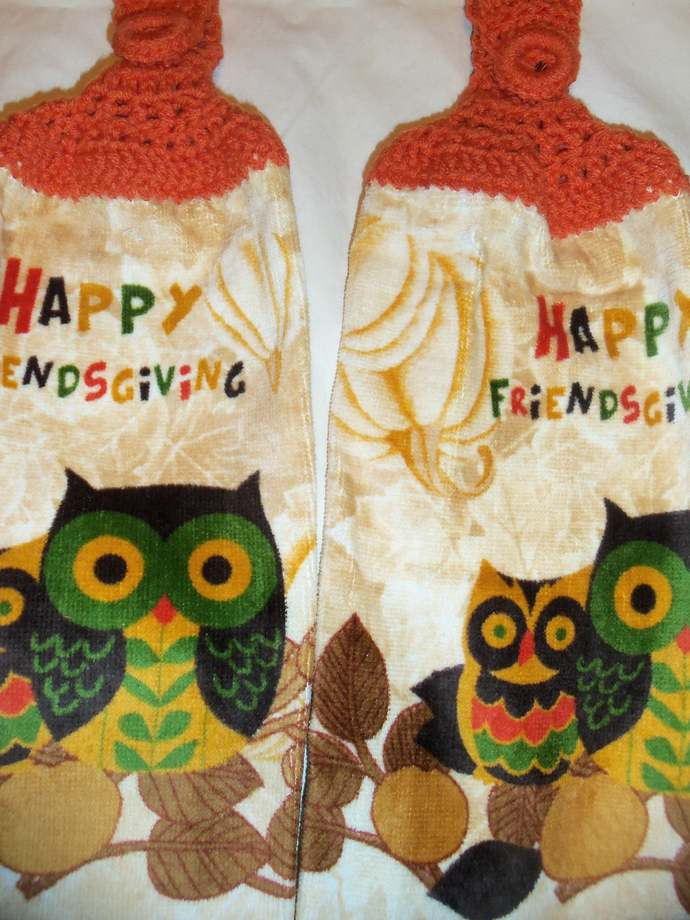 Happy Friends Giving Owl Design Kitchen Hanging Towels