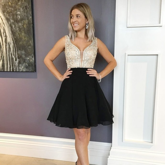 Sparkle Beaded Short Black Homecoming Dress Prom Gowns