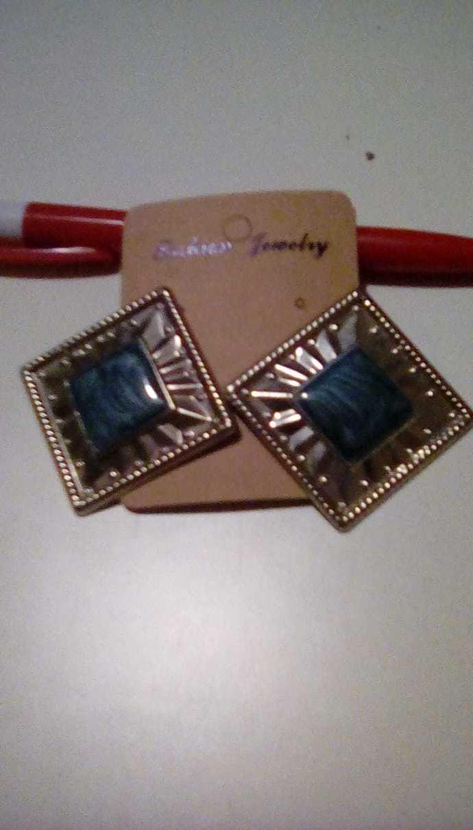 Vintage Square Earrings