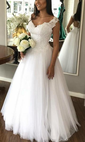 Elegant Tulle White Appliques Wedding Dress Bridal Gown
