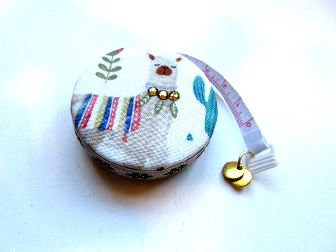Tape Measure Alpacas and Cactus Small Retractable Measuring Tape
