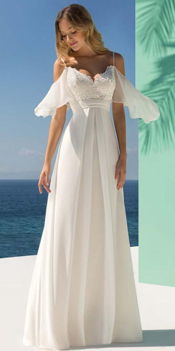 Charming Tulle & Chiffon Spaghetti Straps Neckline A-line Wedding Dress With