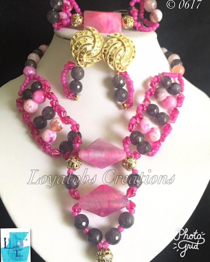 Pink And Grey Necklace Set