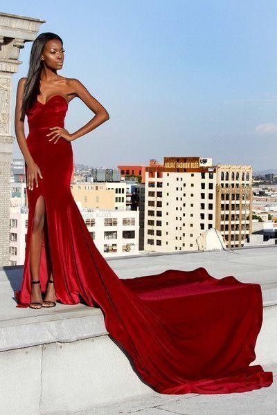 Velvet Mermaid Burgundy Long Evening Dress with Side Slit