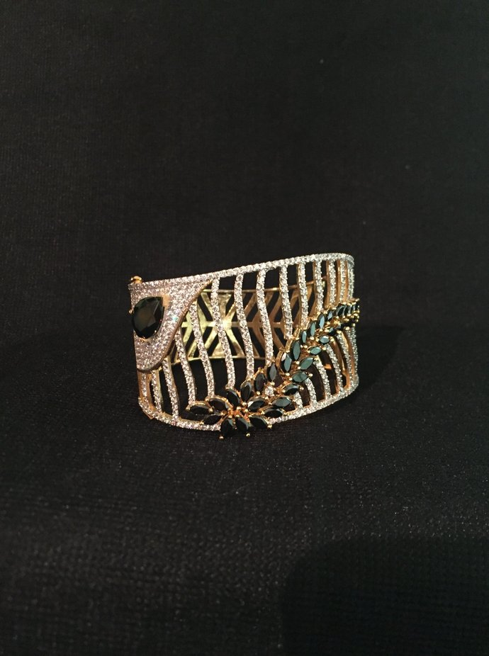 The Black Cuff Bracelet