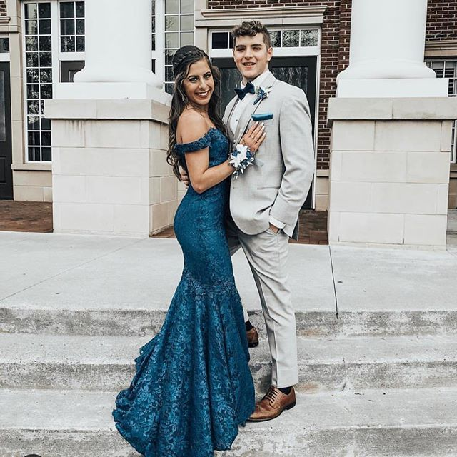 Charming Off the Shoulder Mermaid Navy Blue Prom Dresses with Sweep Train