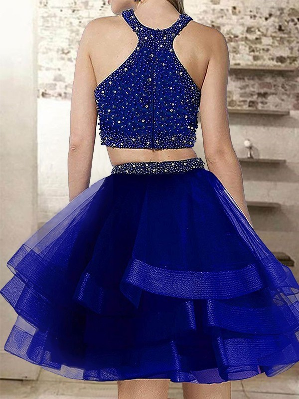 Stylish Two Piece Red Short Homecoming Dresses with Beading