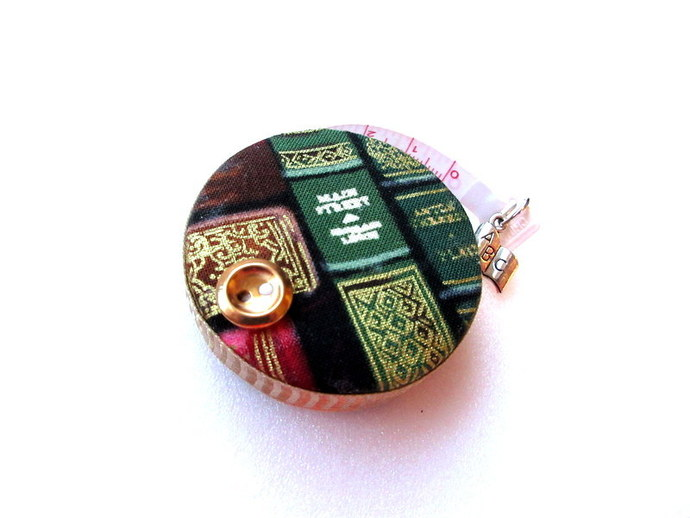 Measuring Tape with Classic Books Retractable Tape Measure