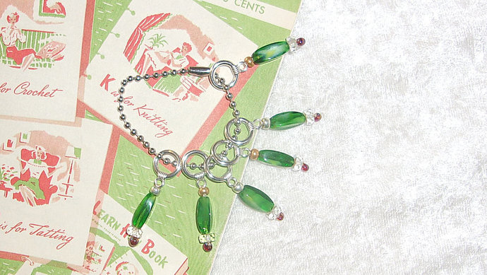 Knitting Stitch Markers, silver color ring with Fresh Green oblong beads with