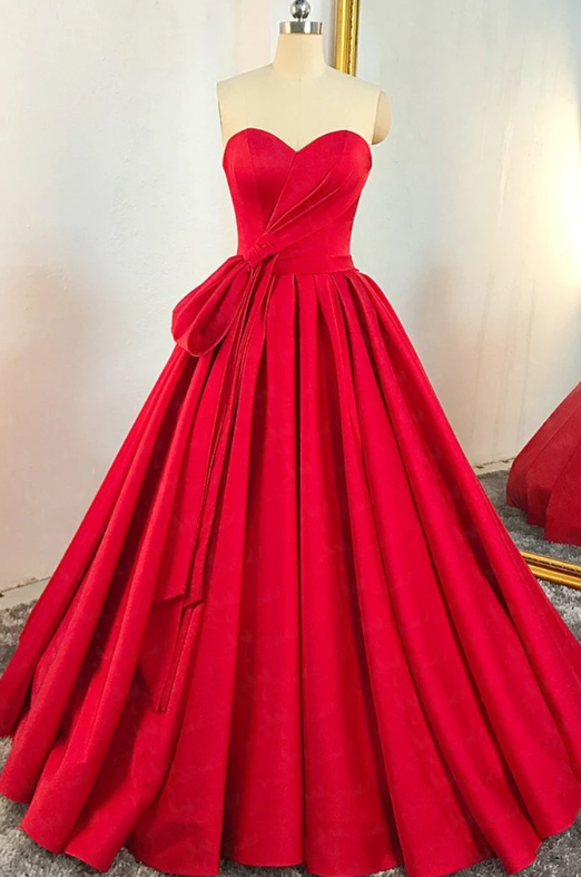 Red Sweetheart Sleeveless Long Prom Dresses A Line Satin Ball Gown