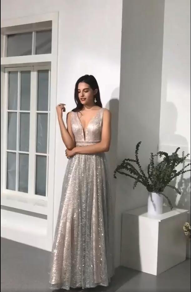 Deep V Neck Long Prom Dresses Silver Sequins Evening Dresses 2020 Party Gowns