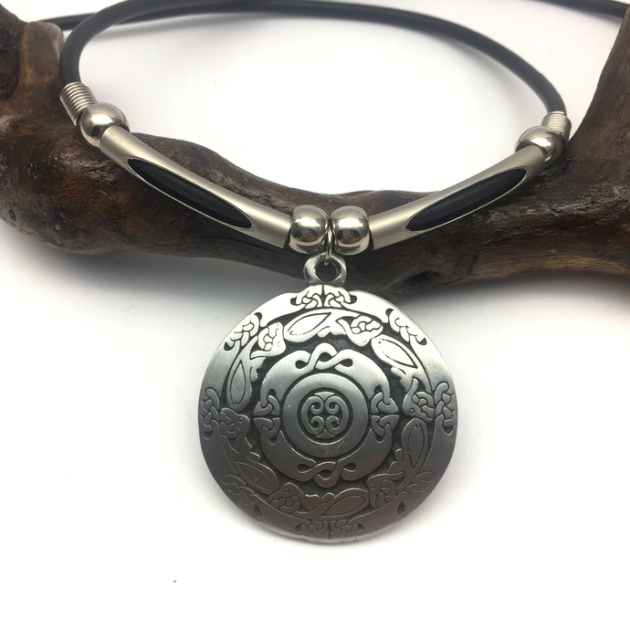 40 mm Celtic Shield Medallion Pendant - with or without necklace - Viking,