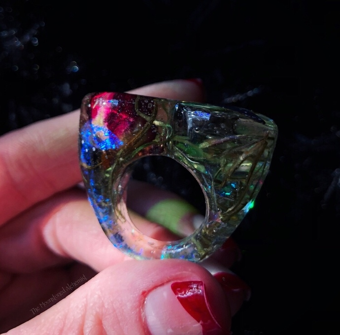 Nocturnal Wonderland chunky heart ring