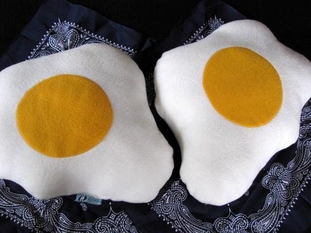 Fried Eggs Pillows