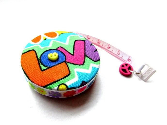 Measuring Tape Sixties Retro Design Small Retractable Tape Measure